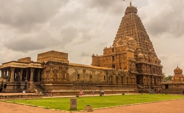 Sri-Brihadeeswarar-Temple