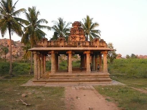 Monuments-in-Hampi